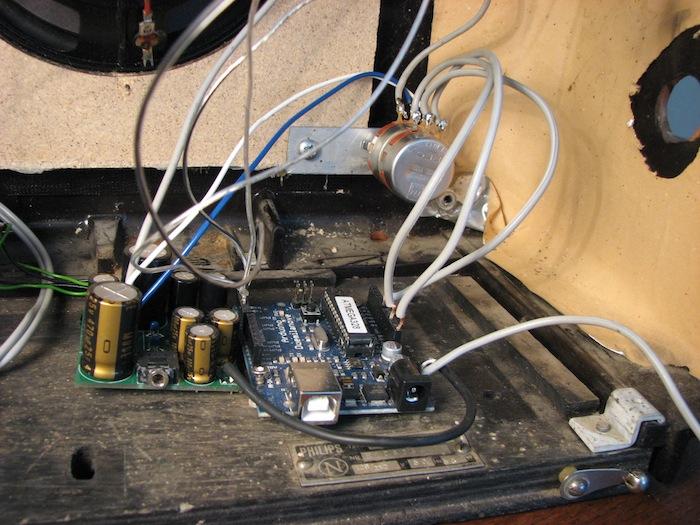 dock pot amp arduino