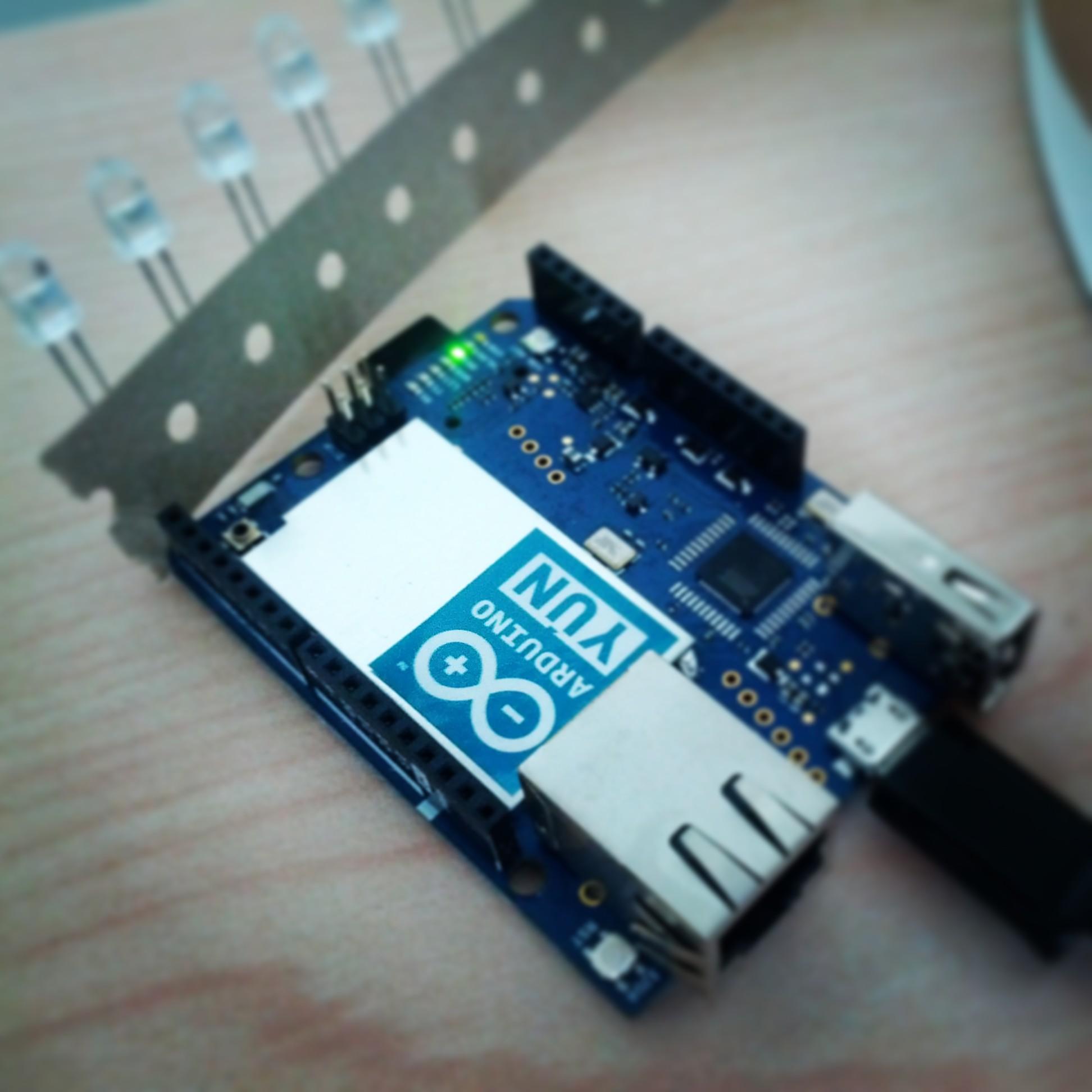 Arduino let s explore yún unique features