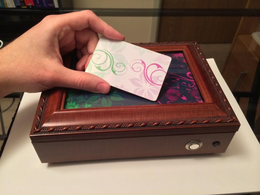 rfid keepsake box