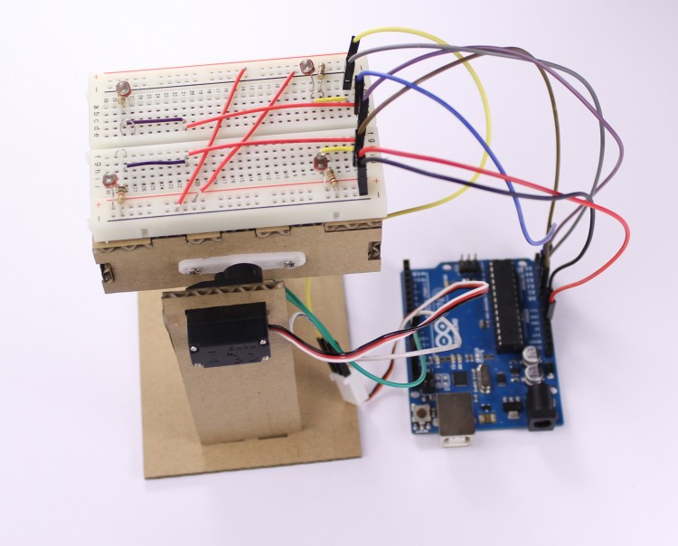 Arduino blog a simple light follower with analog 180 for Micro servo motor arduino