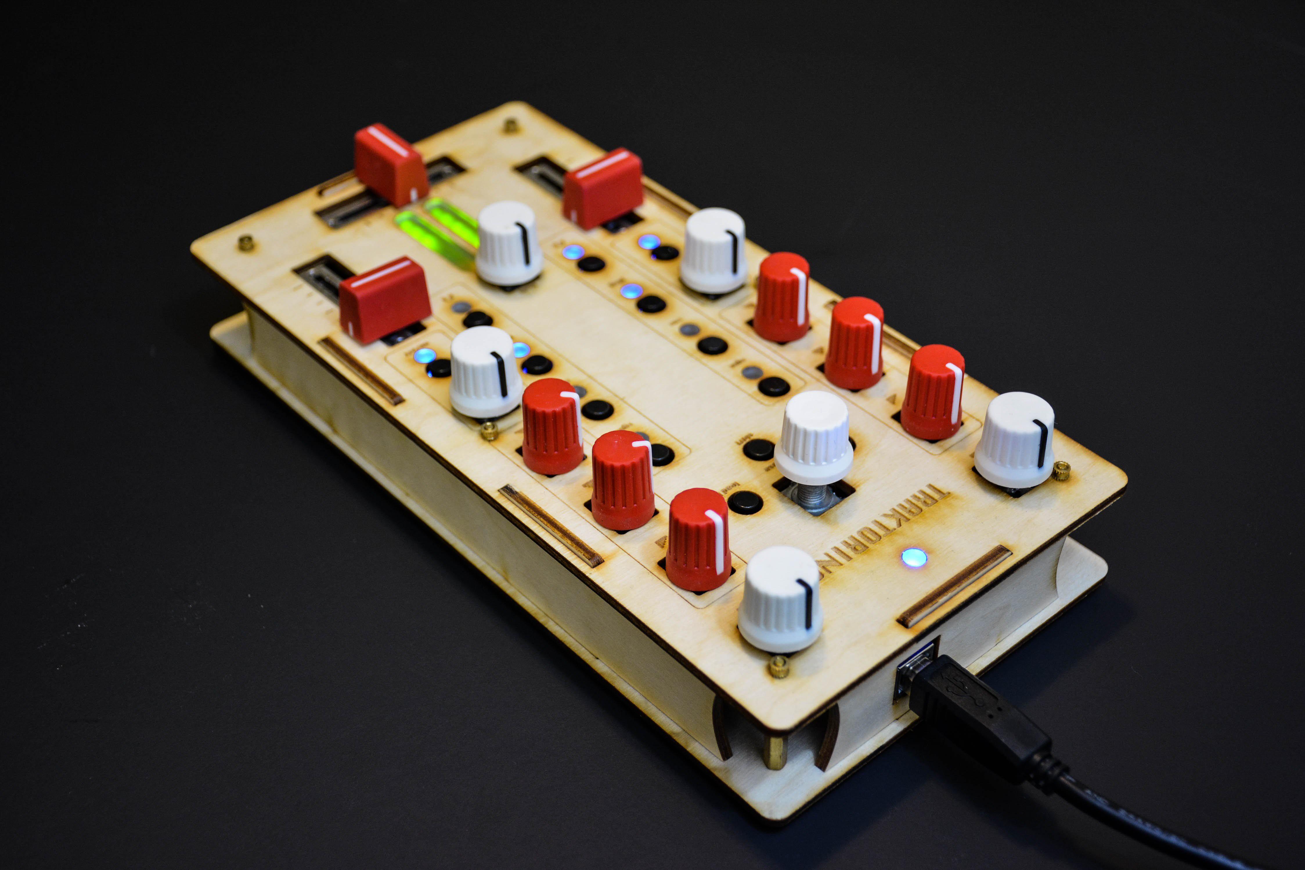 Arduino Blog » Traktorino is an open-source DIY MIDI controller for DJs