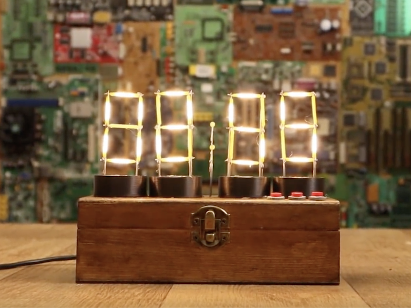 Arduino Blog » Vintage-style clock made from individual LEDs