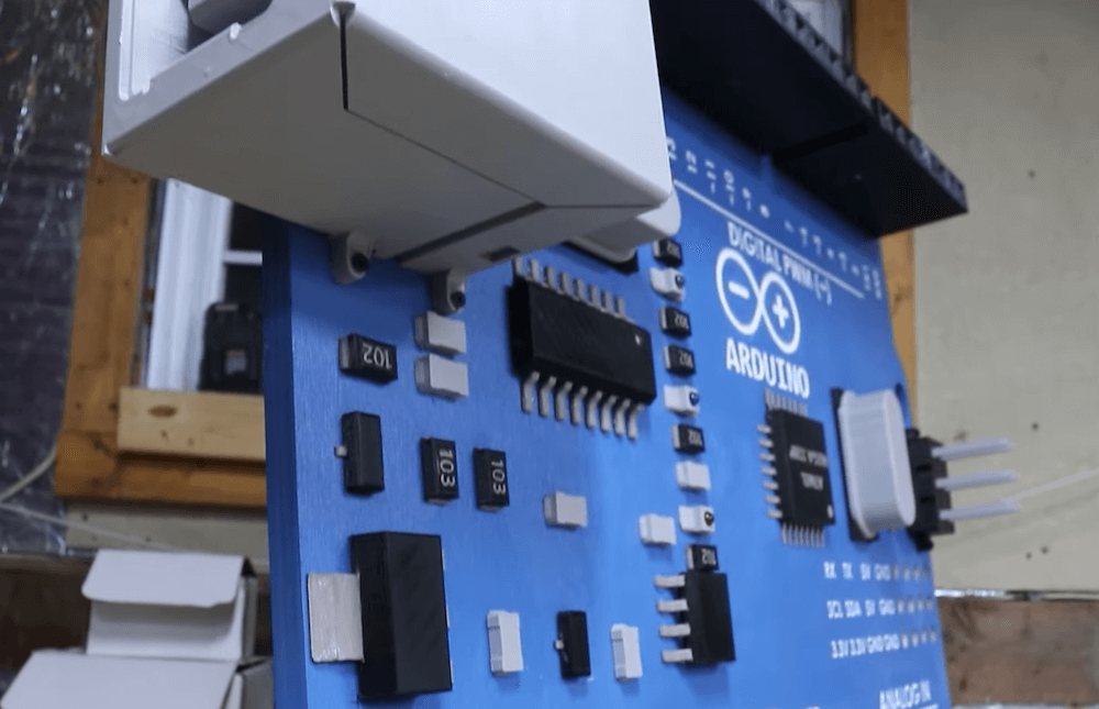 Giga 2 - Electrogeek