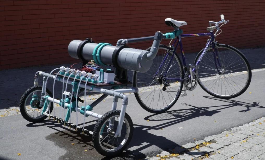 Bikelangelo is a water-dispensing graffiti bicycle trailer