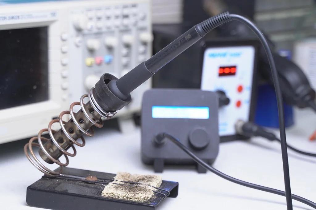 Homebrew Hakko 907 digital soldering station